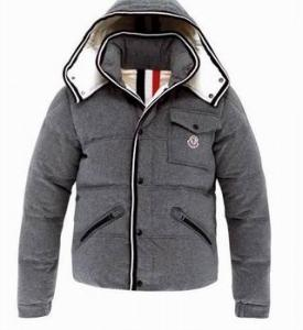 sell DG coat burberry coat gucci coat north face coat moncler coat ... 325e03f4083b